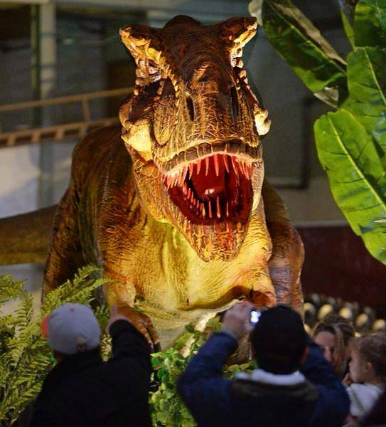 All About Dinosaurs These Ten Children S Attractions Will Allow Them To Come Face With Their Favorite And Learn In An Interactive