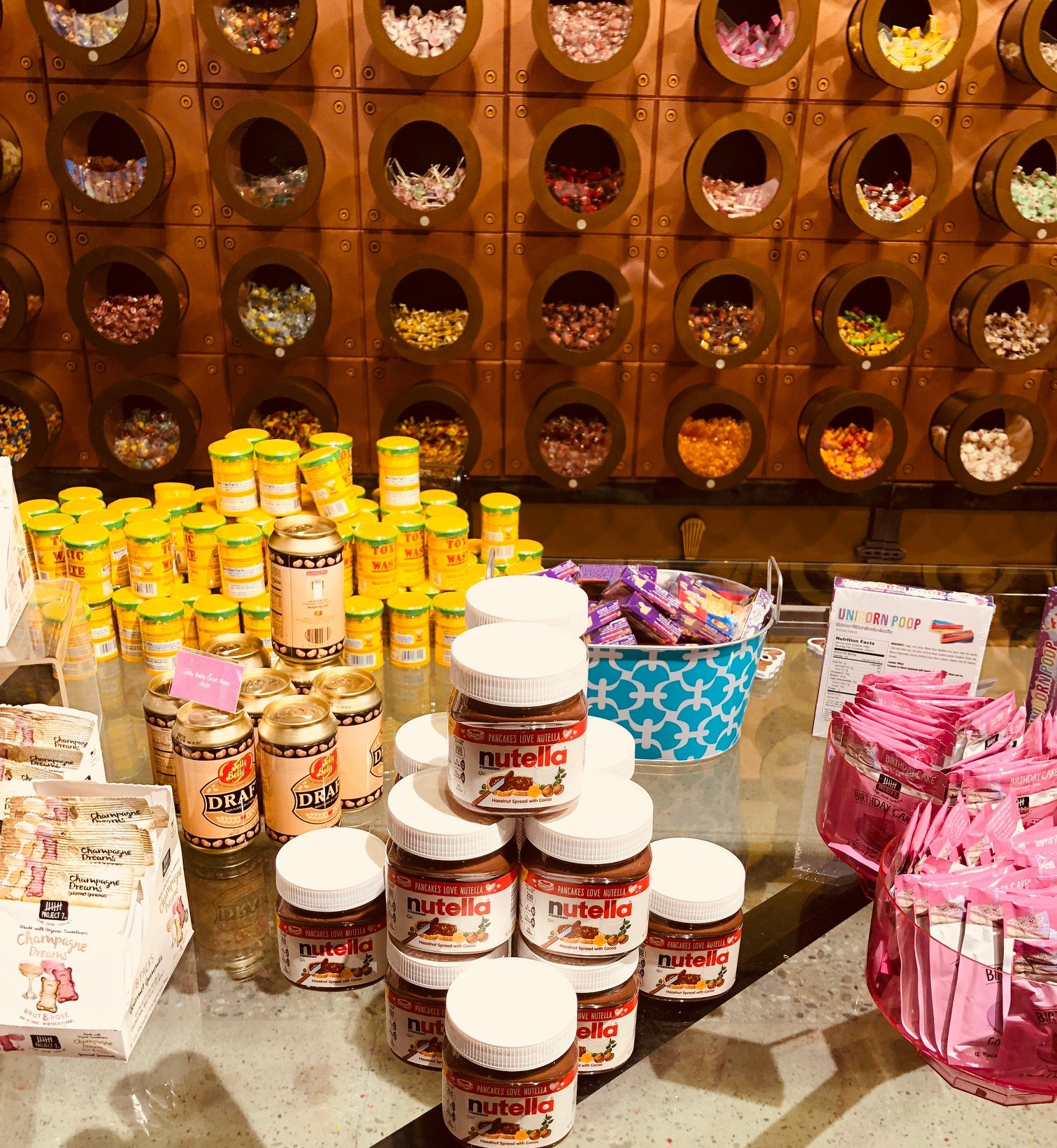 CANDYTOPIA Pops-Up At Santa Monica Place | Macaroni Kid
