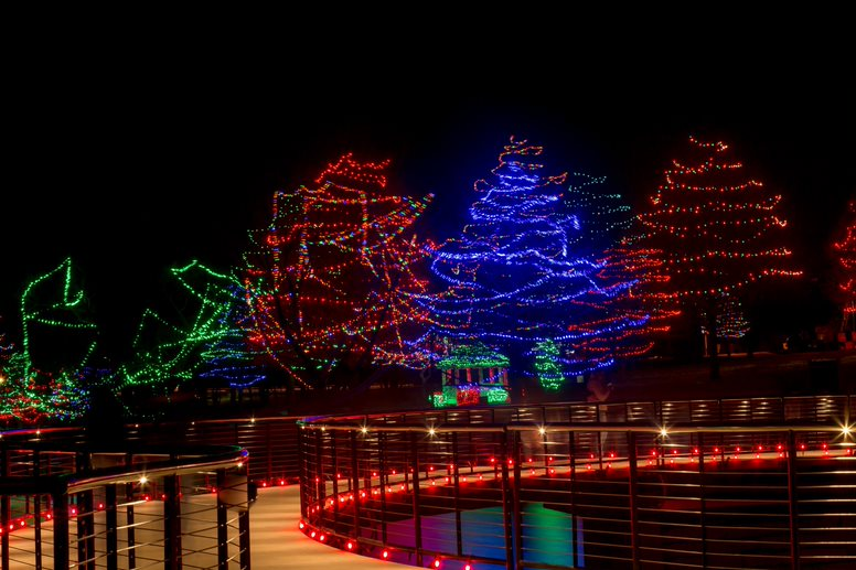 Christmas Tree Lighting Events And Holiday Light Displays 2018