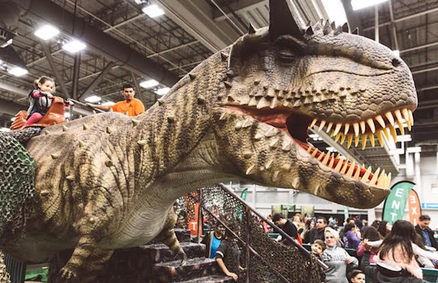 GIVEAWAY} Jurassic Quest Coming to the I-X Center Nov 2, 3