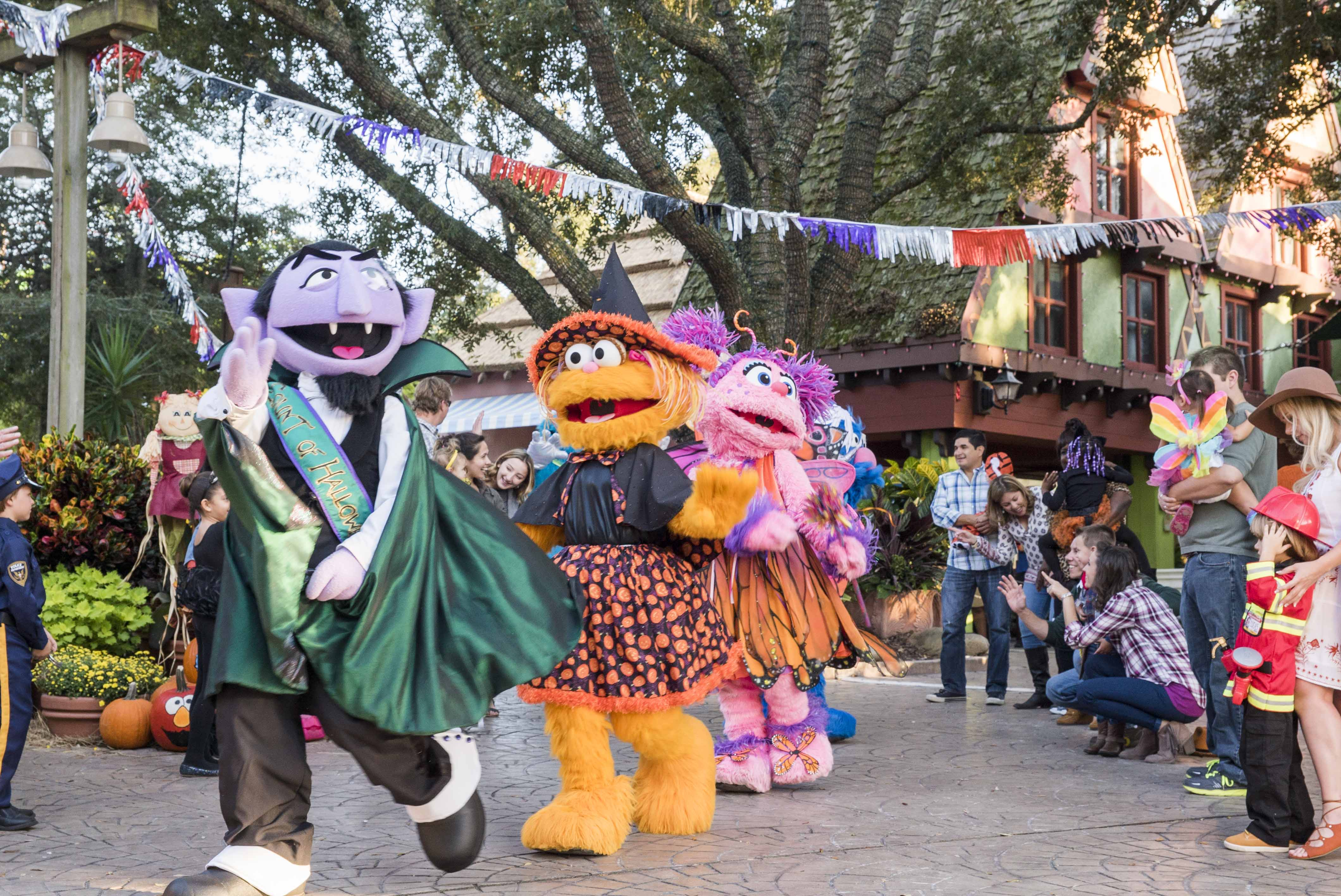Busch Gardens® Tampa Bay welcomes back Sesame Street® Kids' Weekends