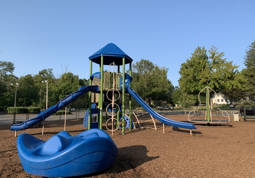 Stone Point Park Playground in Old Tappan