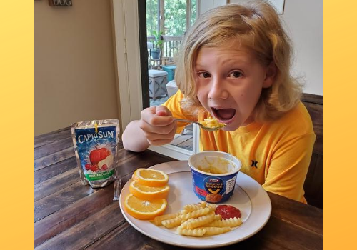 Kids make lunch themselves with easy options from Kraft Heinz