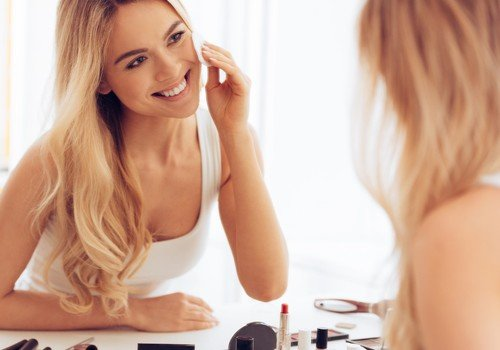 4 Quick Makeup Tips For Busy Moms