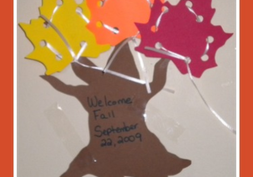 fall lacing craft for kids