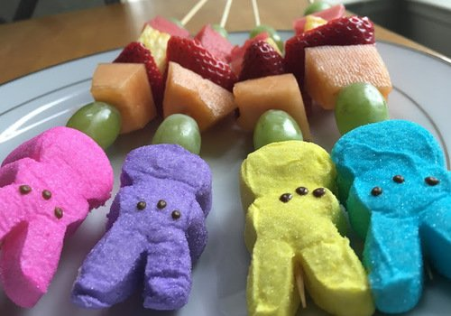 Easter Fruit and Peeps Pops