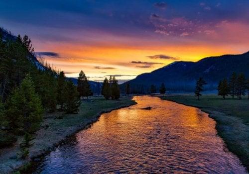 Photo of Yellowstone National Park Courtesy Pixabay.com