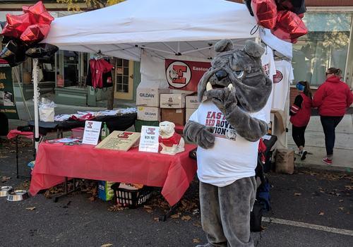 volunteers needed Easton PTA Bacon Fest fundraiser 2019