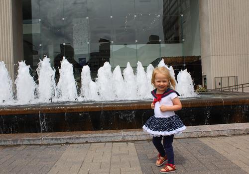 crown center kansas city missouri fountains