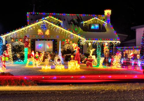 Holiday lights displays around New England