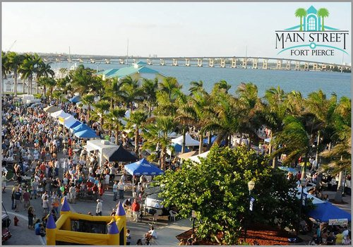 Crowd at Main Street Fort Pierce's Friday Fest