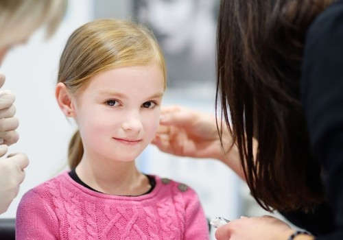 What to Expect When Getting Your Child's Ears Pierced