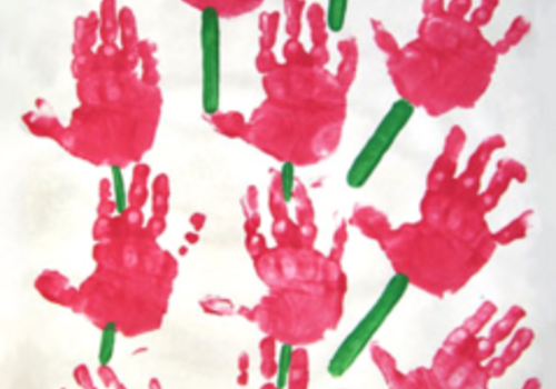 A DOZEN ROSES FOR MOM craft for kids