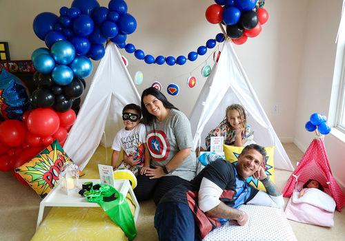 Kayla Renee Photography Macaroni Kid Superhero theme birthday party50