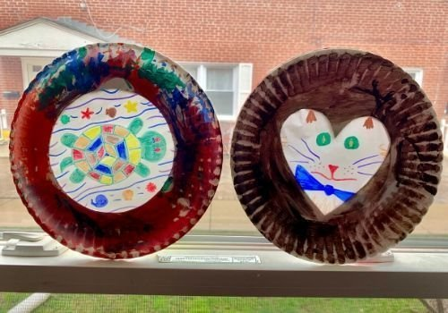 Easy Paper Plate Suncatchers