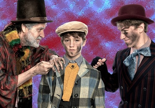 Candlelight veteran Kent Sugg takes the stage as Fagin along with Eli Emming as Oliver, and Axel Manica as the Artful Dodger.