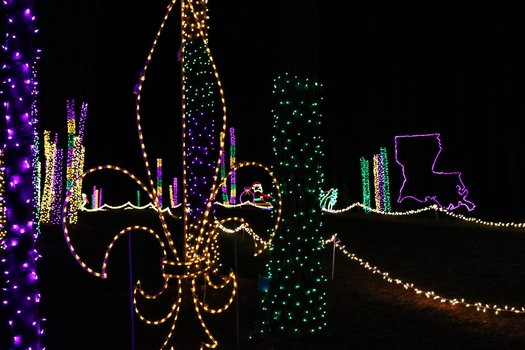 Drive Thru Christmas Light Displays Near Me.Candy Cane Lane Drive Thru Christmas Light Display