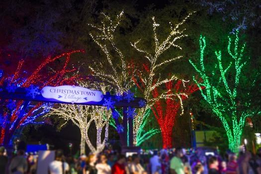 Christmas Town: Busch Gardens® Tampa