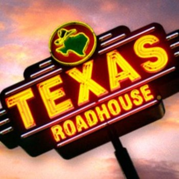 Enter to win a gift certificate to Texas Roadhouse! | Macaroni Kid