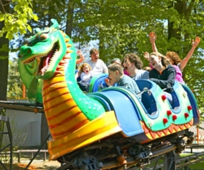fireworks thrills live shows and more at canobie lake park