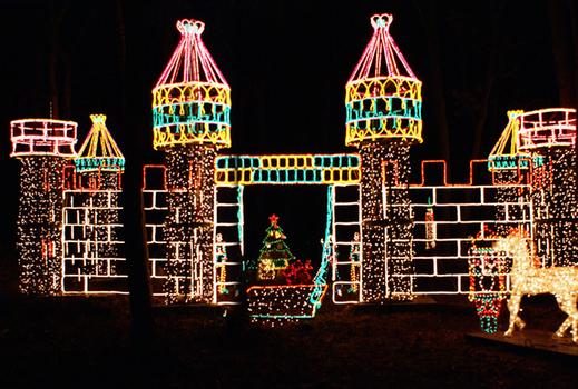 Long Island's Favorite Holiday Light Show Will Shine Brightly in 2015 - Giveaway: Free Entrance To The Holiday Light Show In Bayport