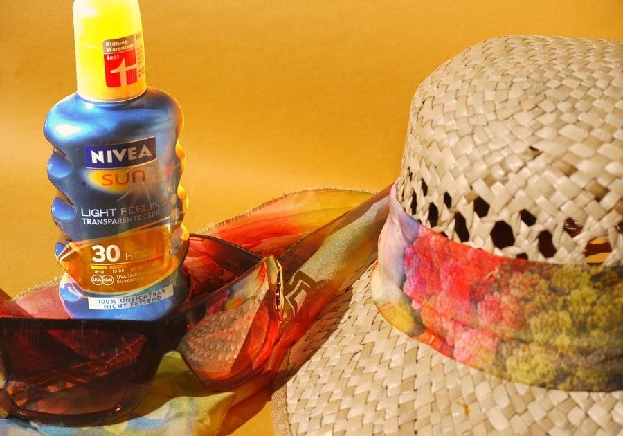 sun sunscreen sunglasses sun hat