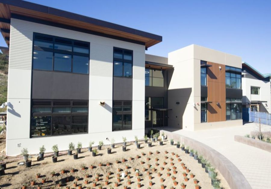 New Innovation Center and Library at Pacific Ridge School