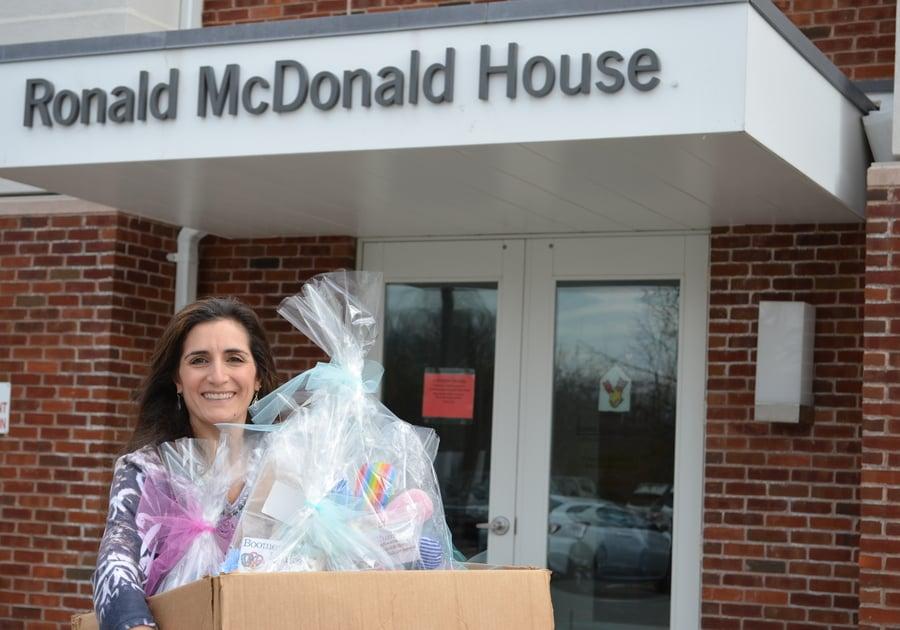 Ronald McDonald House Toleen Farah Discovery Toys Donation Drive