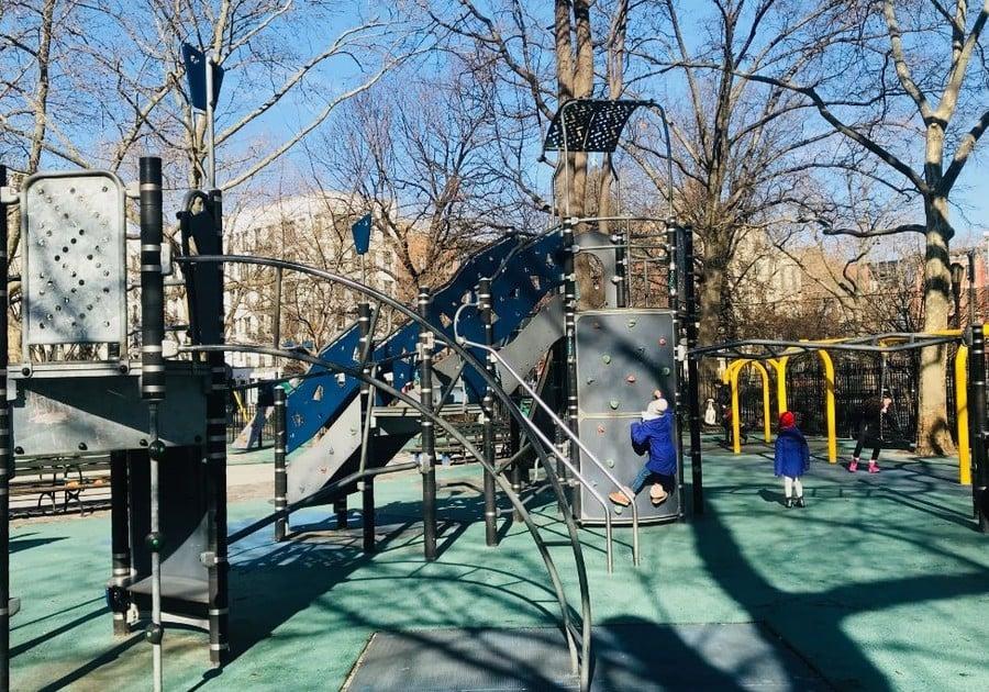 Tompkins Square Park, playgrounds lower manhattan, parks manhattan