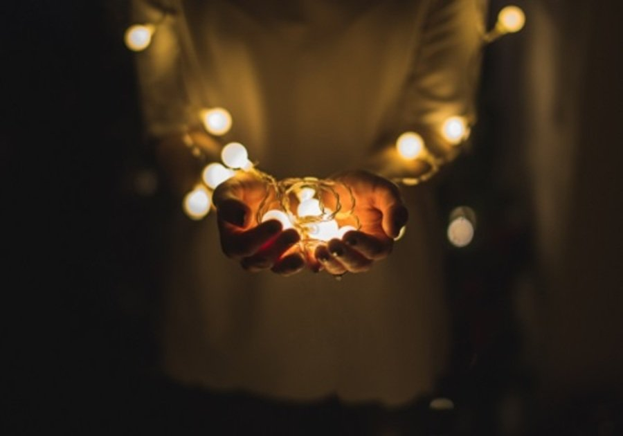6 Ways to Give Back to During the Holidays