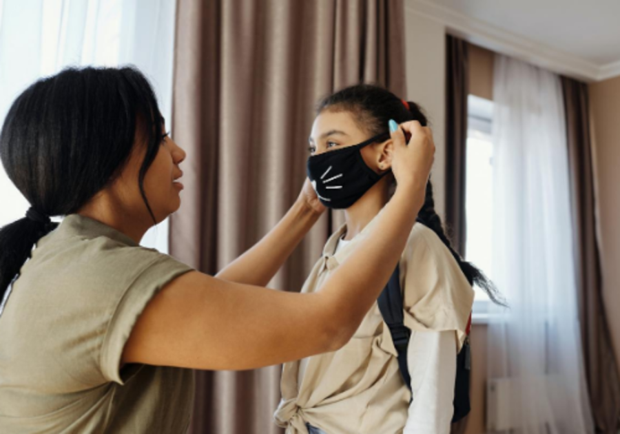 how to get a kid to wear a facemask