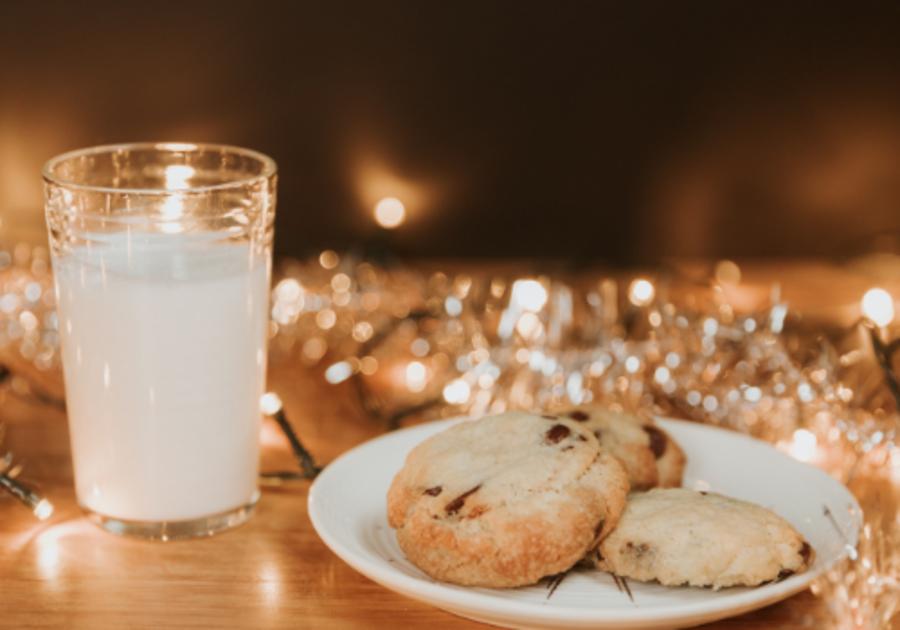cookies and milk