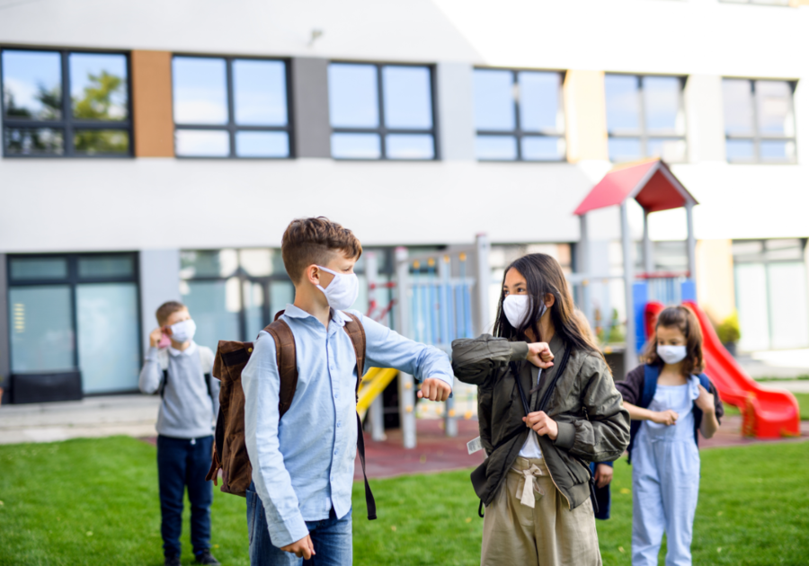 kids at school with masks