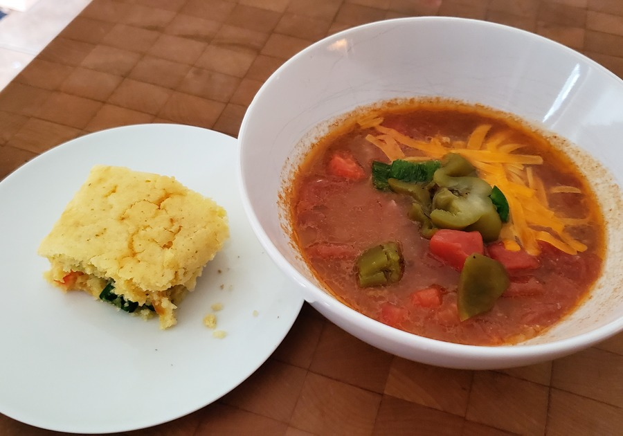 Dinner in Minutes With Kuners. Mama Melissa's Chili & Korney Cornbread