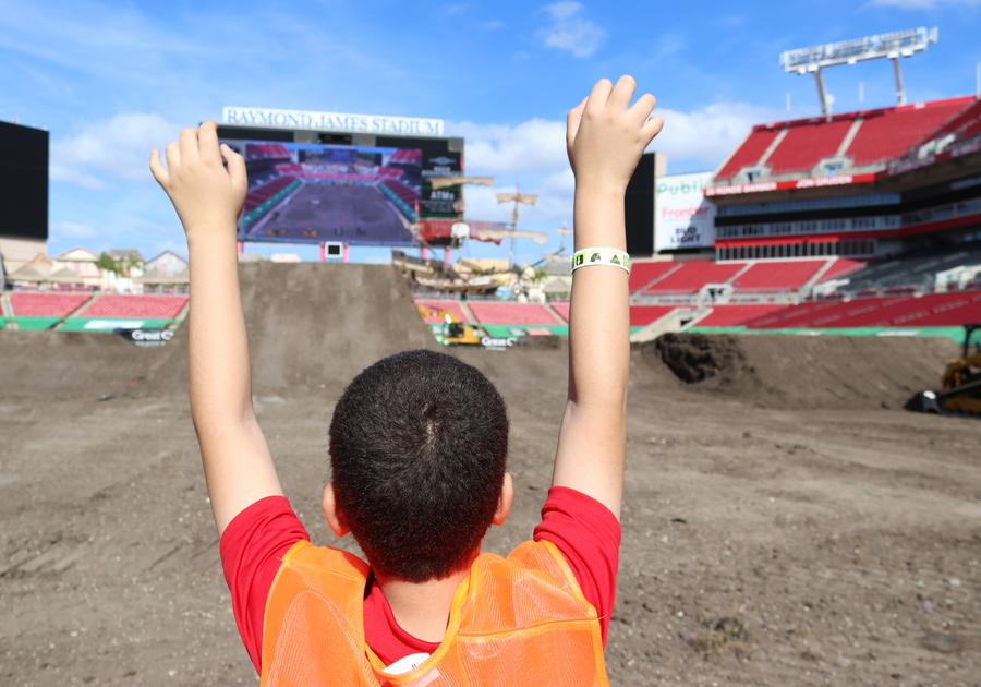 Here are our 10 tips to help make your Monster Jam experience even more awesome!