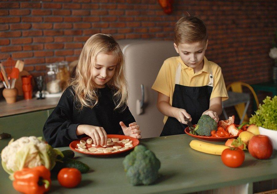 Children food Chestermere Langdon