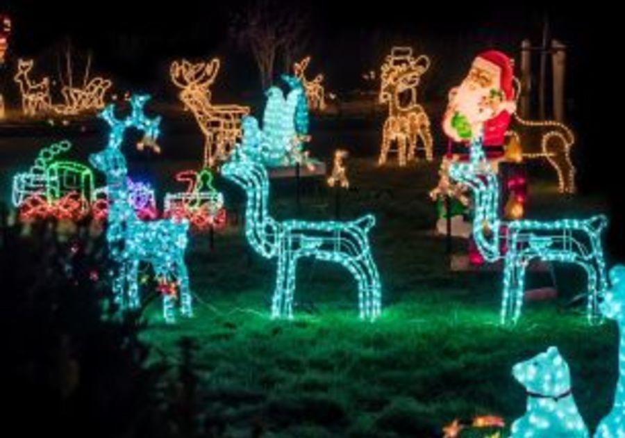 Christmas Lights Roanoke Va 2021 Where To See Christmas Lights In The Roanoke Valley Macaroni Kid Roanoke